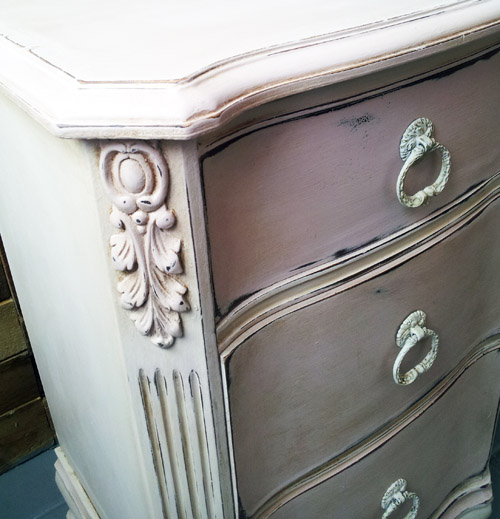 Like cotton candy. Antoinette Chalk Paint.